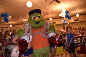 Orbit & The Texas Cheerleaders